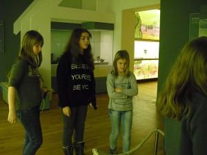 klasse5_im_landesmuseum_luwi_dez2015_10